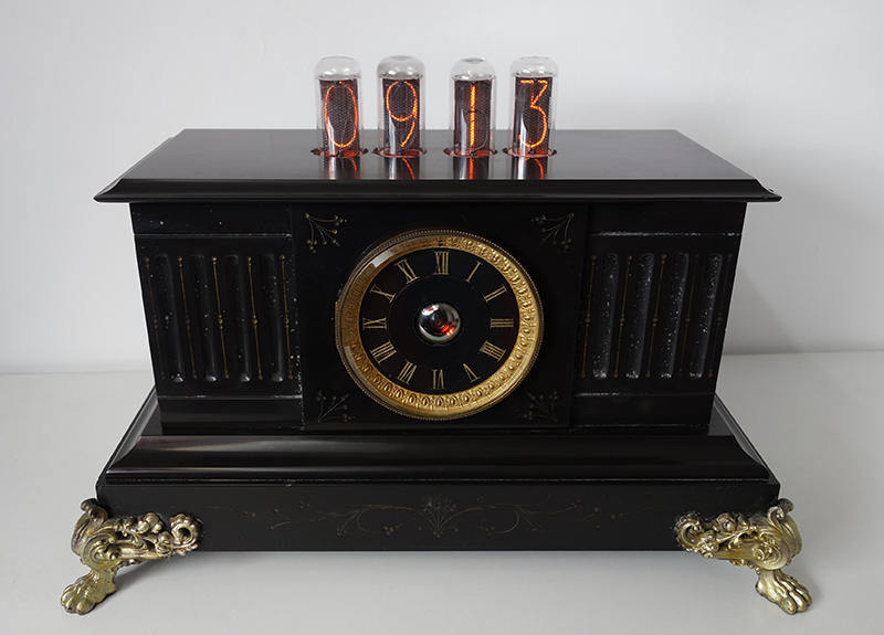 "nixie clock with 1,6"" digit height an dekatron tube"